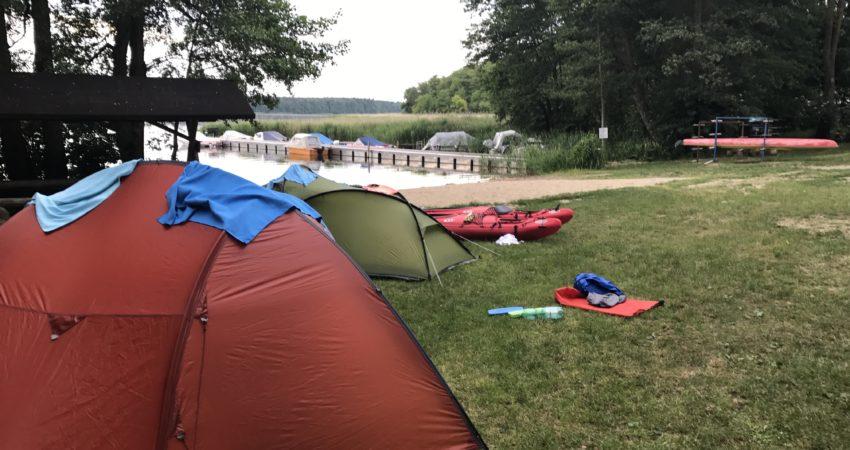 Zelten an der Mecklenburgischen Seeplatte