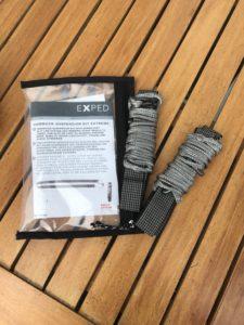 Die ausgepackte Aufhängung des Suspension Kits